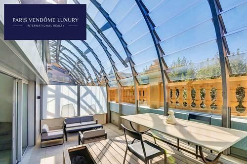 Vends Duplex d'exception dernier étage 2chambres 80m² avec terrasse - Nice (06)