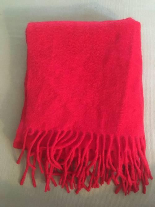 Vends écharpe cachemire rouge