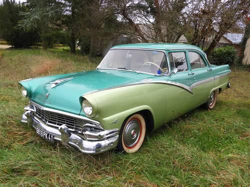 Vends Ford Fairlane Thunderbird 1956