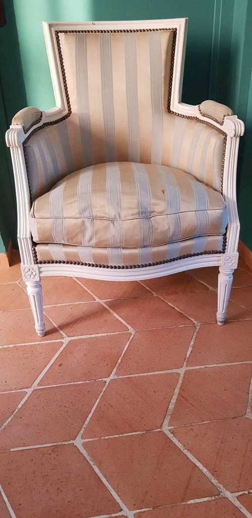 Vends fauteuil bergère de style XVI