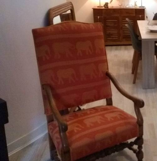 Vends fauteuil style Louis XIII