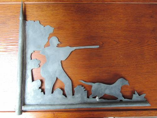 Vends Girouette ancienne en zinc: chasseur et son chien