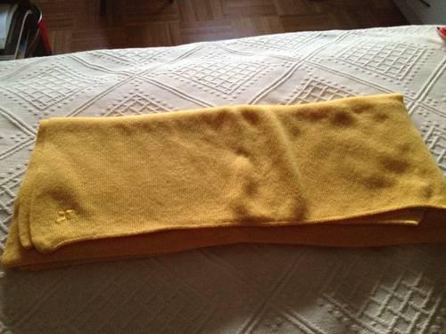Vends grande écharpe-étole Courrèges en laine