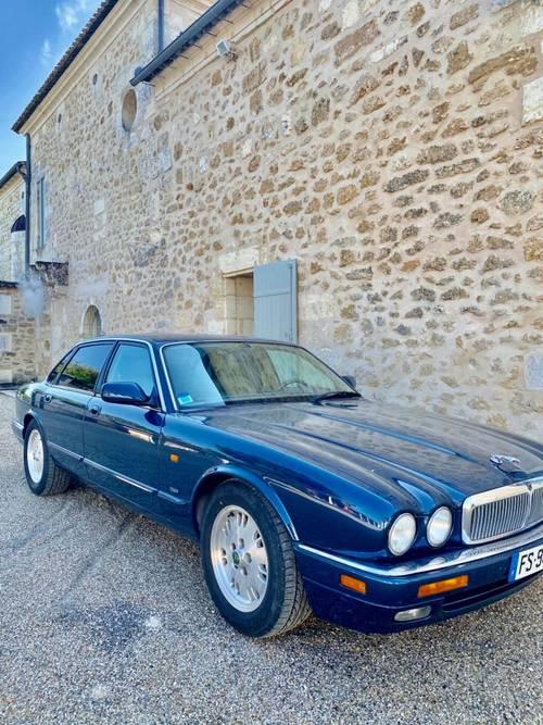Vends Jaguar Xj6-300- essence 1995, 106000km