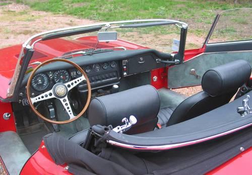 Vends Jaguar 4.2Cabriolet Série 1.1/2Rouge 1868