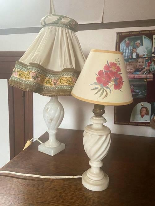 Vends 2lampes anciennes en albâtre