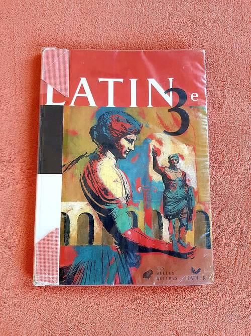 Vends livre Latin 3ème, Les Belles Lettres, Hatier