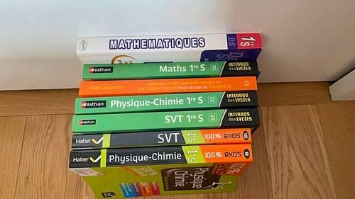 Vends livres scolaires 1ere S