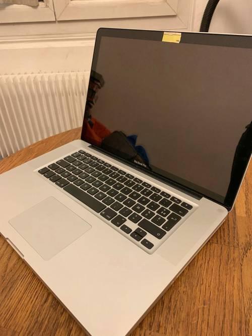 Vends MacBook Pro 15pouce Fin-2010