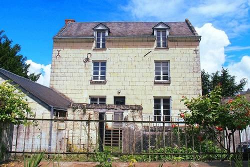 Vends maison en centre bourg de Montsoreau (49), 3chambres 149m²