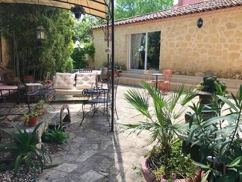 Vends maison 5chambres 170m² à Montpellier (34) aux Arceaux