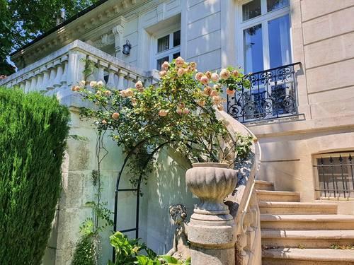 Vends maison de charme avec jardin et piscine - 6chambres - 270m² - Avignon (84)