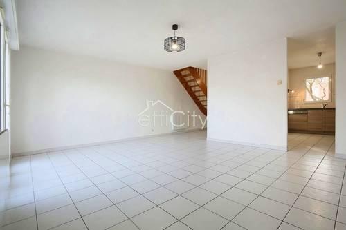 Vends Maison T483m² avec garage - Toulouse (31)