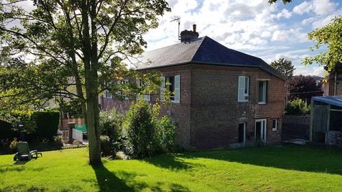 Vends maison 150m² avec jardin, 4chambres, écoles et commerces 5mn, Lisieux (14)