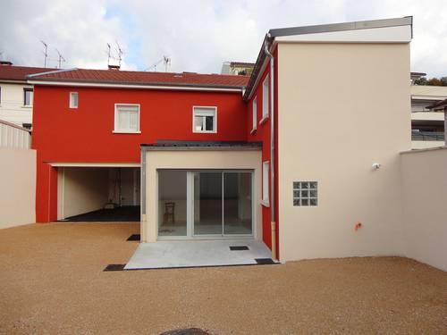 Vends maison 5pièces 102m², Bourg-en-Bresse (01)