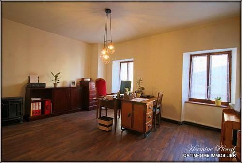 Vends Maison rénovée de 212m² - 3chambres - Ambert (63)