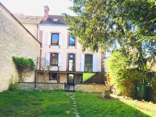 Vends maison 1901195m² 6chambres à Montereau-Fault-Yonne (77)