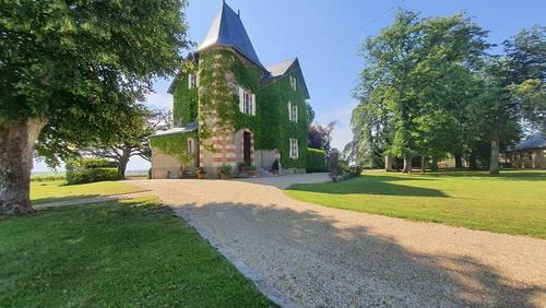 Vends Manoir 250m²/ 5chambres et Gîtes classés 5*,Terranjou (49) - Angers (49)
