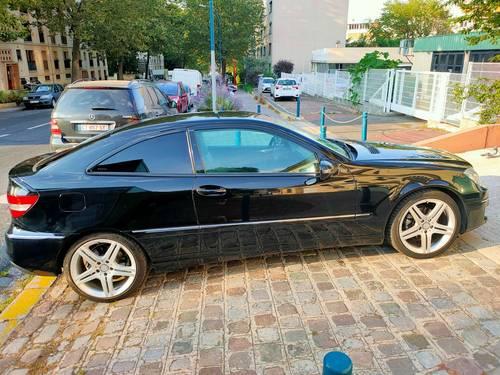 Vends Mercedes CLC 220150cv 2.1L CDI 2011- 219000km