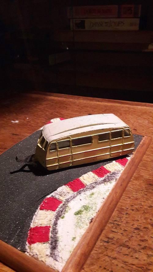 Vends miniature auto