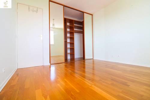 Vends appartement T4bis de 100m² - Lumineux - garage, tram - Montpellier centre