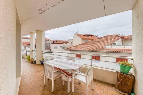 Vends 3pièces, terrasse et parking en plein centre ville de Biarritz