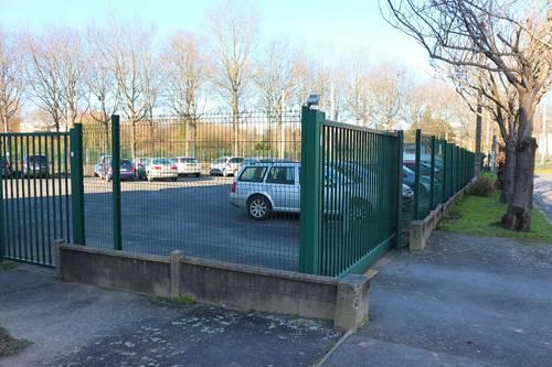 Vends place de parking, petite copropriété fermée avec accès sécurisé - Rennes