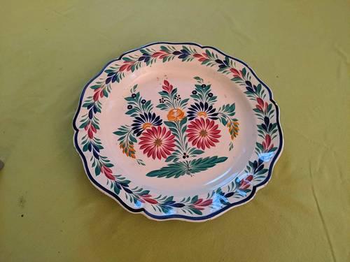 Vends plat porcelaine Quimper