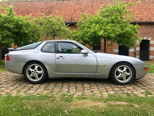 Vends Porsche 968coupé 3.0L BVM6M220parfait état - 80.100km 1994