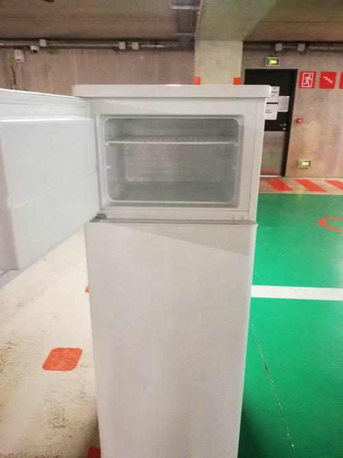 Vends refrigerateur congélateur