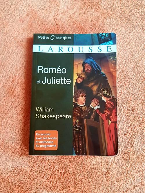 """Vends """"Roméo et Juliette"""" W. Shakespeare Editions Petits Classiques"""