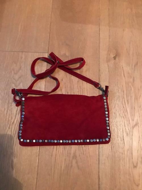 Vends sac en cuir rouge neuf de marque Acoté