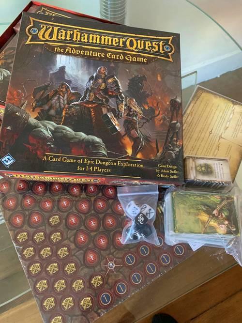 Vends jeux de société Warhammer Quest (anglais)