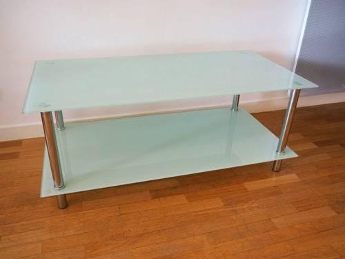 Vends Table basse en verre Conforama - Bon état