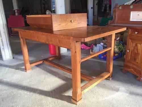 Vends table de monastère en chêne
