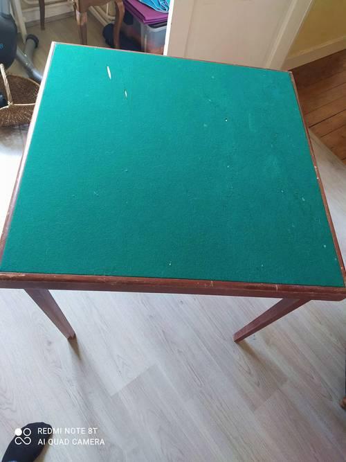 Vends table de jeu pliante Meblutil année 70