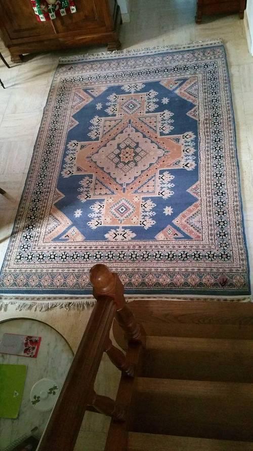 Vends un très beau tapis en cachemire d'Orient Pakistan à franges