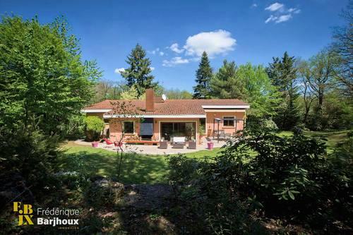 Vends Tassin maison 185m²/4ch TBE terrain 3032m² écoles bus gare