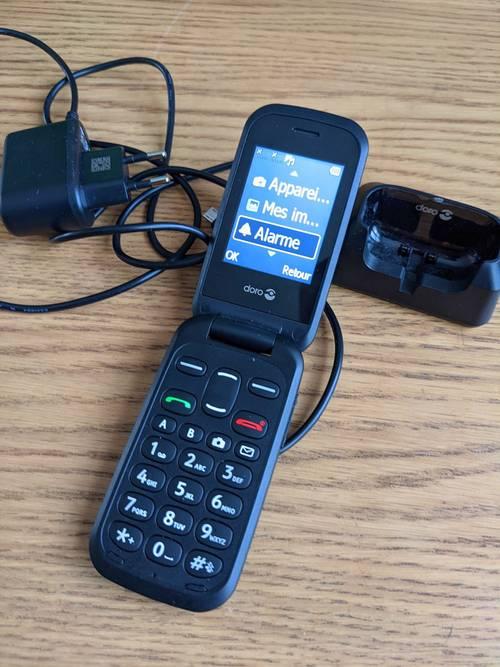 Vends téléphone portable pliant Doro 2404état neuf