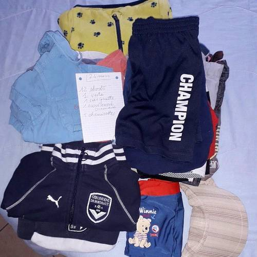 Lot de vêtements pour garçon 24mois