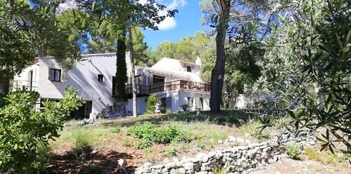 Loue T242m²,Venelles (13) proche d'Aix Puyricard