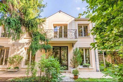 Vends maison - 3chambres, 2000m², Vanves (92)