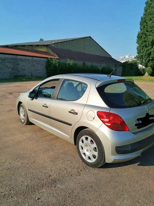 Vente voiture 207grise 5portes - 2008, 170000km