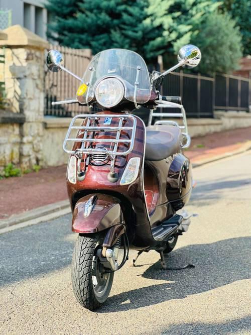 Vespa LX 50Touring - 11278km - 2010