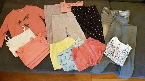 Lot de 16vêtements été / mi-saison fille en taille 3ans