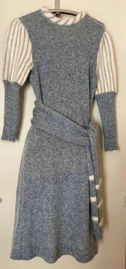 Vends robe laine manches longues Carven boutique - Taille S
