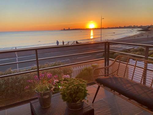 Loue VILLA FACE MER 6/8couchages: plage de Tanchet les Sables d'Olonne