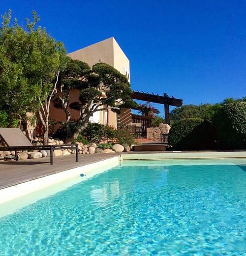 Loue villa près de Bonifacio (20) 3chambres piscine chauffée plage 500m - 6couchages