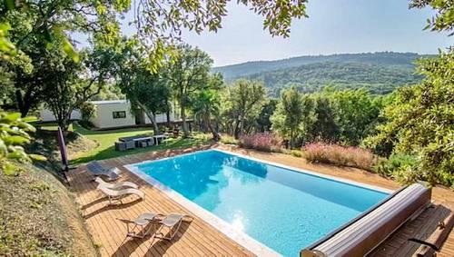 Haut de Villa, 300m², 4chambres, 4salles de bain, piscine privée