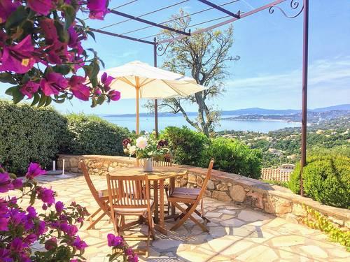 Loue villa cote d'Azur 6personnes climatisee belle vue mer piscine